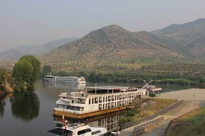 River Douro copyright Gilly Pickup